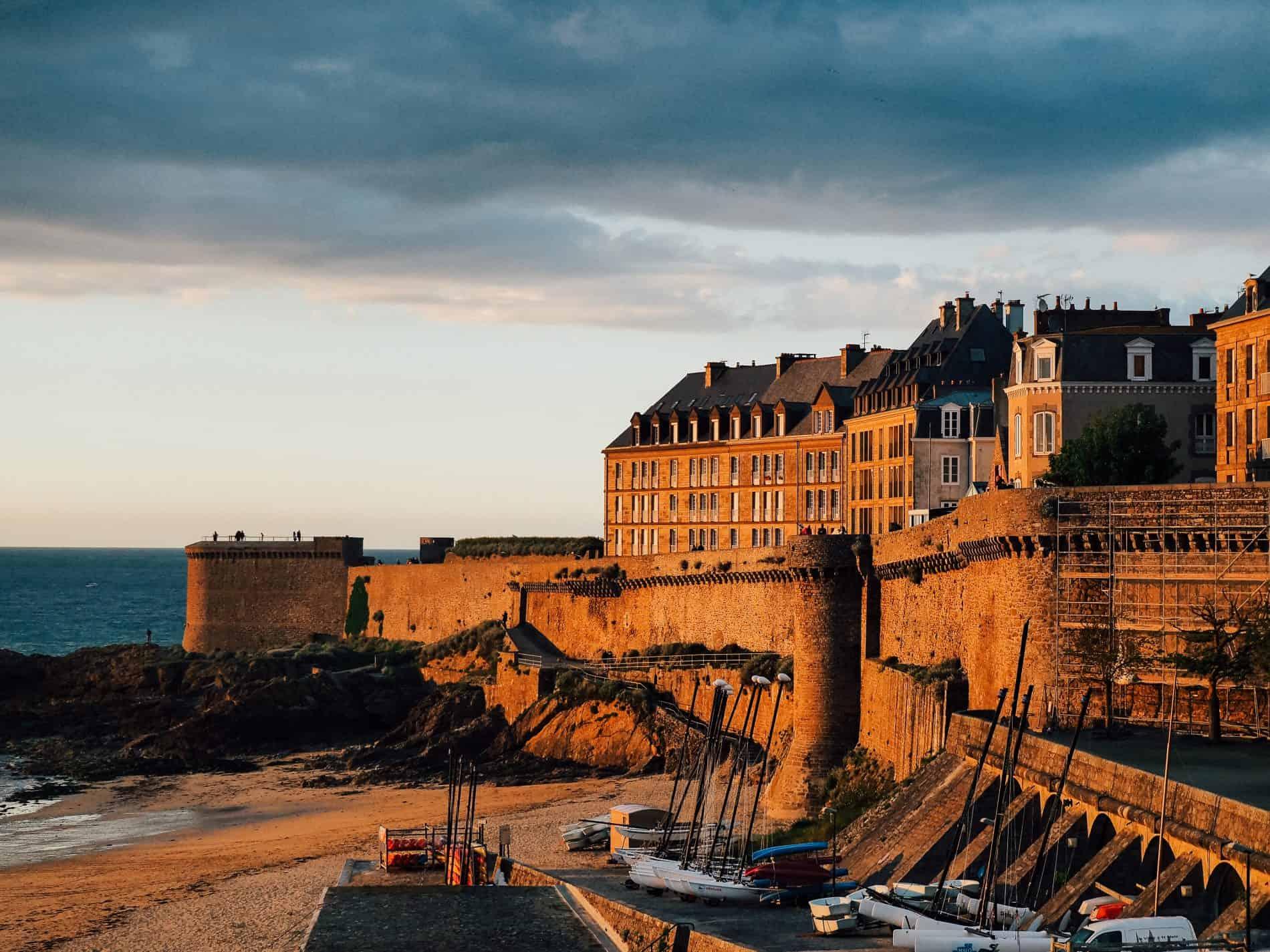 Les couchers de soleil à Saint-Malo - les remparts