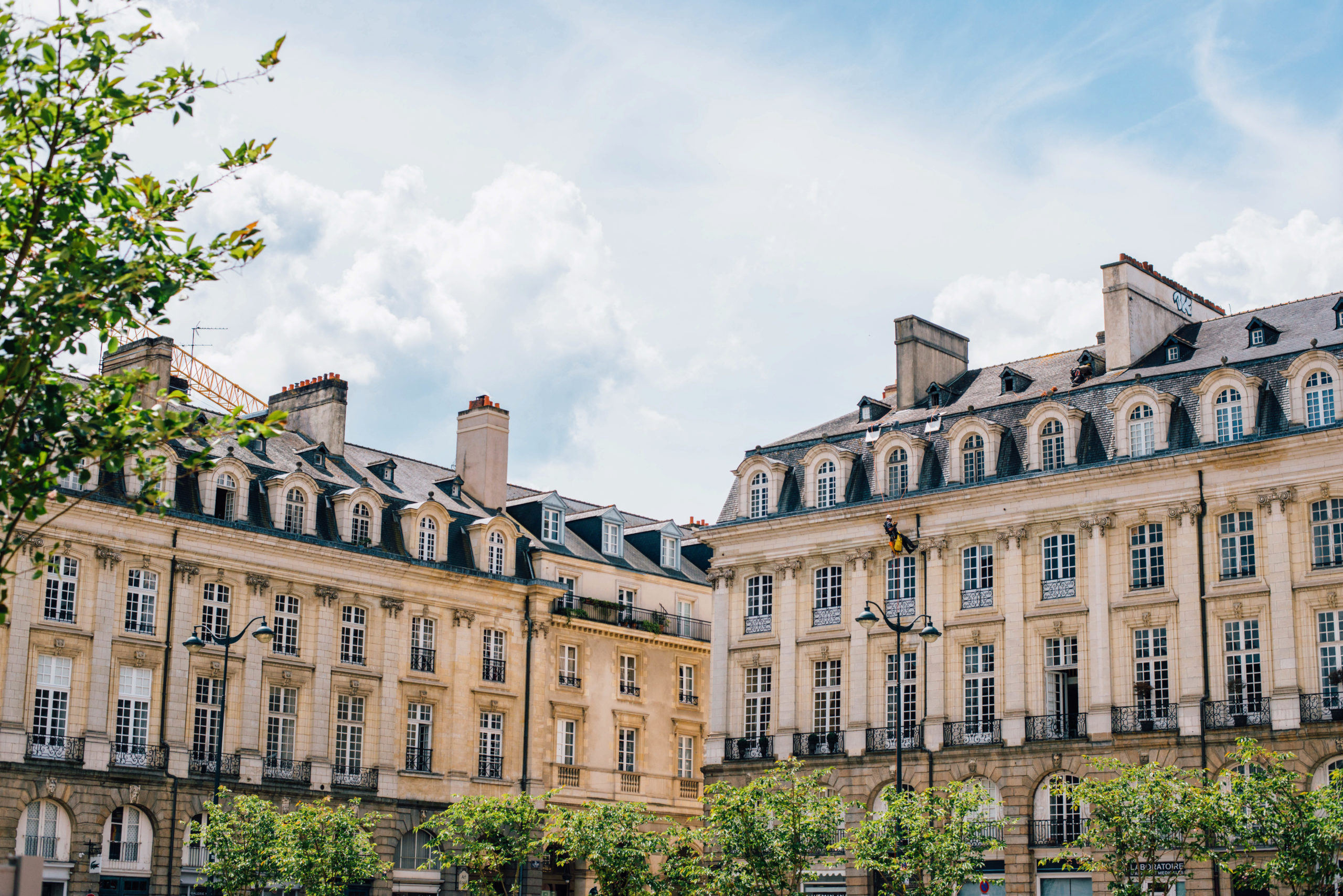 Rennes place du parlement. Plus belles villes à visiter en Ille-et-Vilaine Bretagne.